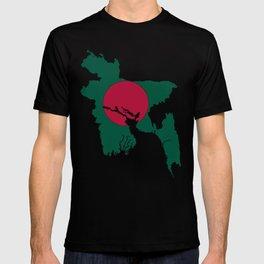 Bangladesh Map with Bangladeshi Flag T-shirt
