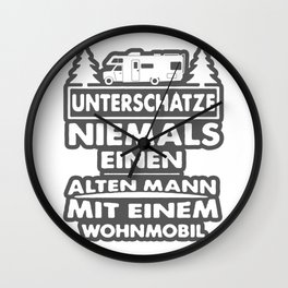 lustiger Camping Wohnmobil Spruch Wall Clock