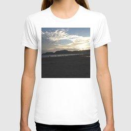 The sunset of Kamakura beach T-shirt