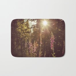 Wildflower Sunrise in the Mountains - Nature Photography Badematte