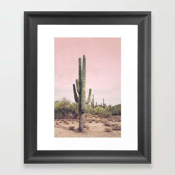 Blush Sky Cactus Gerahmter Kunstdruck