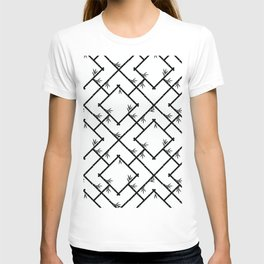 Bamboo Chinoiserie Lattice in White + Black T-shirt