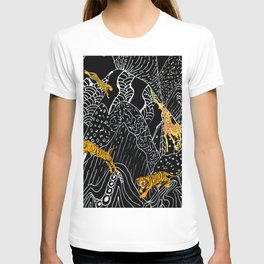 DOODLE MOUNTAIN RANGE WITH ANIMALS T-shirt