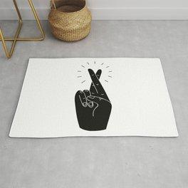 Fingers Crossed / Black & White Rug