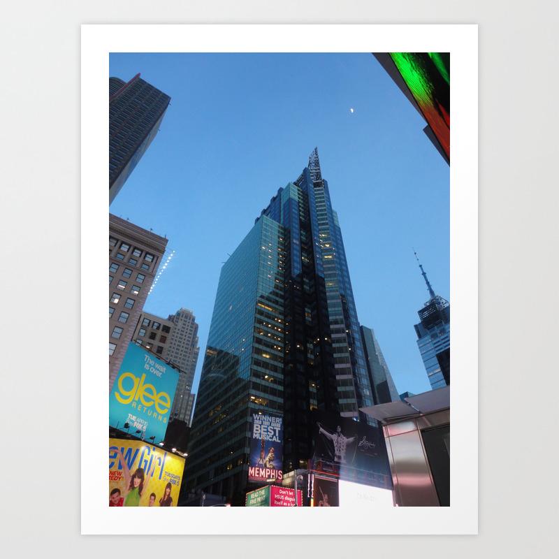 The City That Never Sleeps Art Print by Didyoudream PRN878033