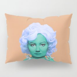 Pop art lady smoking and drinking green skin and orange background Pillow Sham