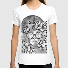 Kaleidoscope Eyes B&W T-shirt