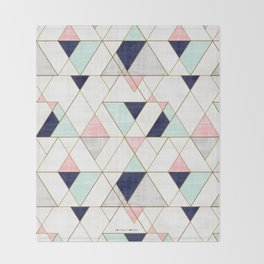 Mod Triangles - Navy Blush Mint Decke