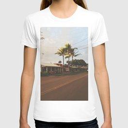 Surfer town of Hale'iwa II T-shirt