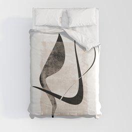 Interlocking Five | Minimalist Line Abstract Comforters