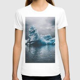 iceberg in iceland T-shirt