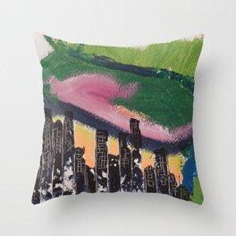 Une ville la nuit / A city at night Throw Pillow
