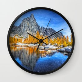 ROCKLAND H Wall Clock