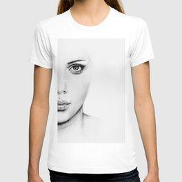 Barely Scarlett  T-shirt
