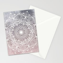 NATURE DETAILS MANDALA IN GRAY AND PINK Stationery Cards