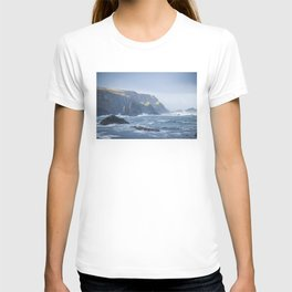 Cliffs at Port T-shirt