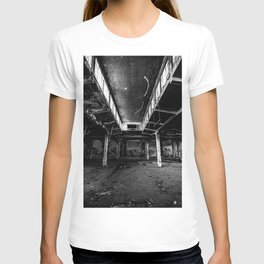 Urbex photography in a former abandoned cotton mill T-shirt