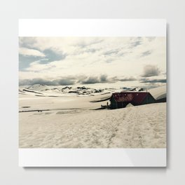 Mountain hut in Iceland Metal Print