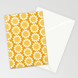 Multi-faceted pattern with chamomile on the yellow background Stationery Cards