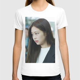 jennie side T-shirt