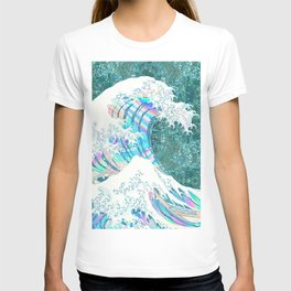 the great iridescent wave (green) T-shirt