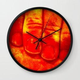 Dedos Rojos Wall Clock