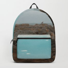 Gaviota mirando al mar Backpack