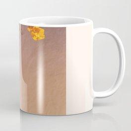 Flores Amarillas Coffee Mug
