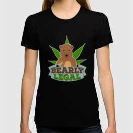 """Funny and hilarious tee made specially for awesome person like you! """"Bearly Legal"""" creative design! T-shirt"""