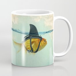 Brilliant DISGUISE - Goldfish with a Shark Fin Kaffeebecher