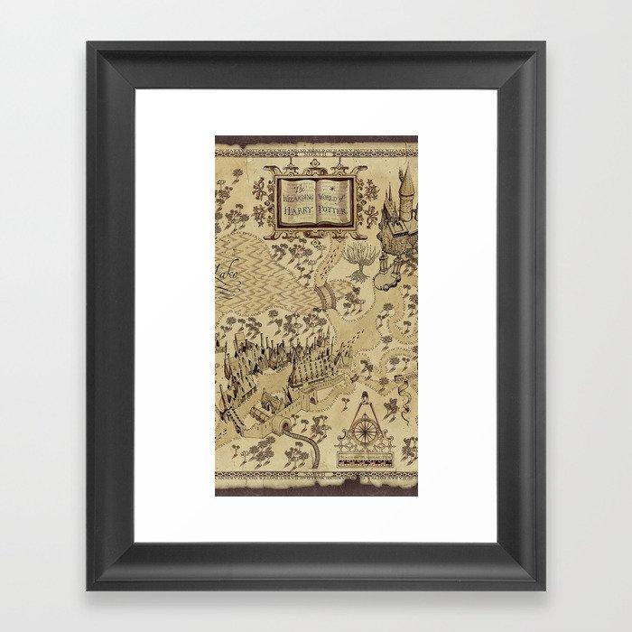The Wizard world of Hogwarts Gerahmter Kunstdruck