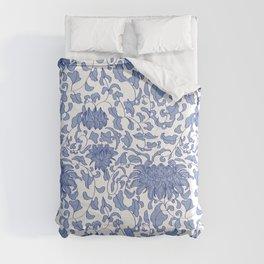 Chinoiserie Vines in Delft Blue + White Comforters