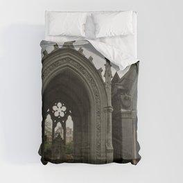 The Grey Grandeur Comforters