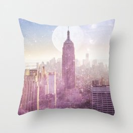 I LOVE PINK NEW YORK CITY SKYLINE - Full Moon Universe Throw Pillow