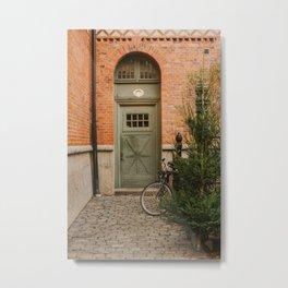 Knock-knock Metal Print