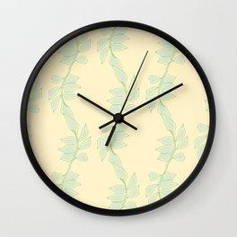 Cute Trailing Leaf Pattern Wall Clock