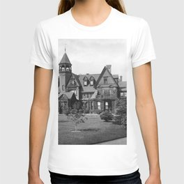 1878 Original Gilded Age Breakers Mansion, Newport, Rhode Island T-shirt