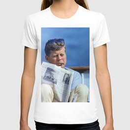 John F Kennedy Smoking T-shirt