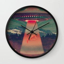 Quiverish UFO 3 Wall Clock