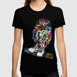 Owl in Air Jordans! T-shirt
