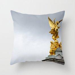 Victoria Monument Throw Pillow