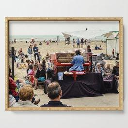 le piano sur la plage Serving Tray