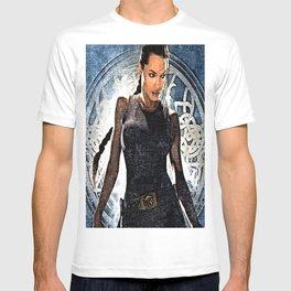 Angelina Jolie as Lara Croft T-shirt