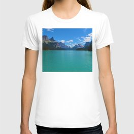 """Hall of Gods"" Maligne Lake in Jasper National Park, Canada T-shirt"