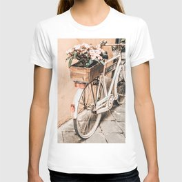 Flower Basket Vintage Bicycle T-shirt