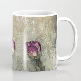 Three dried Roses Coffee Mug
