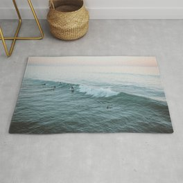lets surf v Rug
