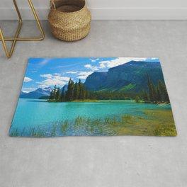 Maligne Lake in Jasper National Park, Canada Rug
