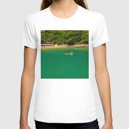 Beach in Buzios, Rio de Janeiro (Brazil) T-shirt