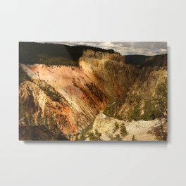 Yellow Rocks Of The Yellowstone Valley Metal Print